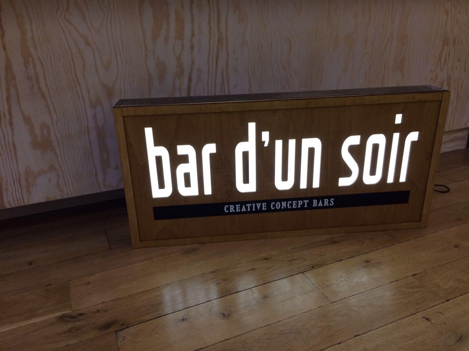 Bar d un soir inkut lab - Enseigne lumineuse bar ...