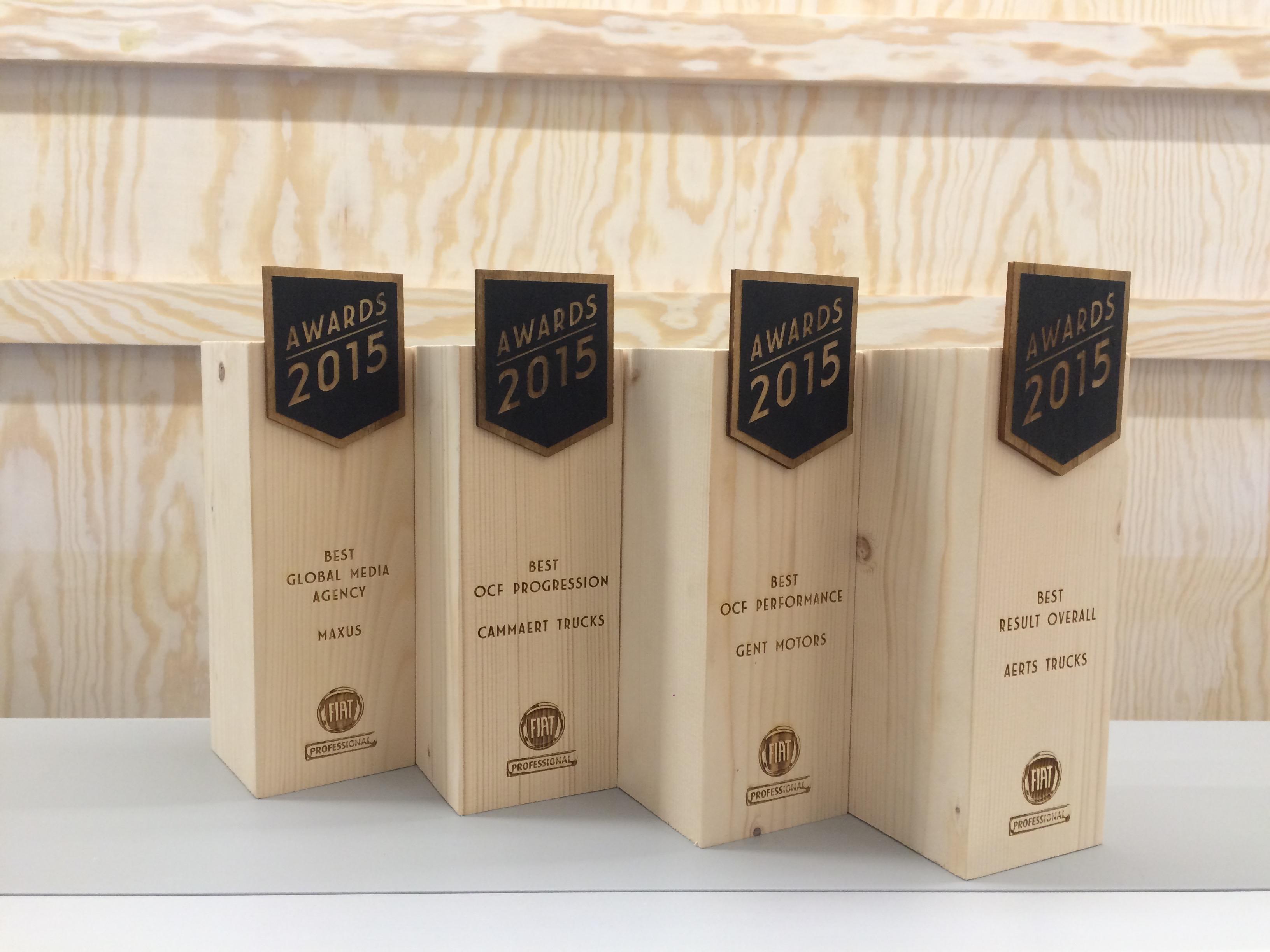 Trophées en bois Fiat