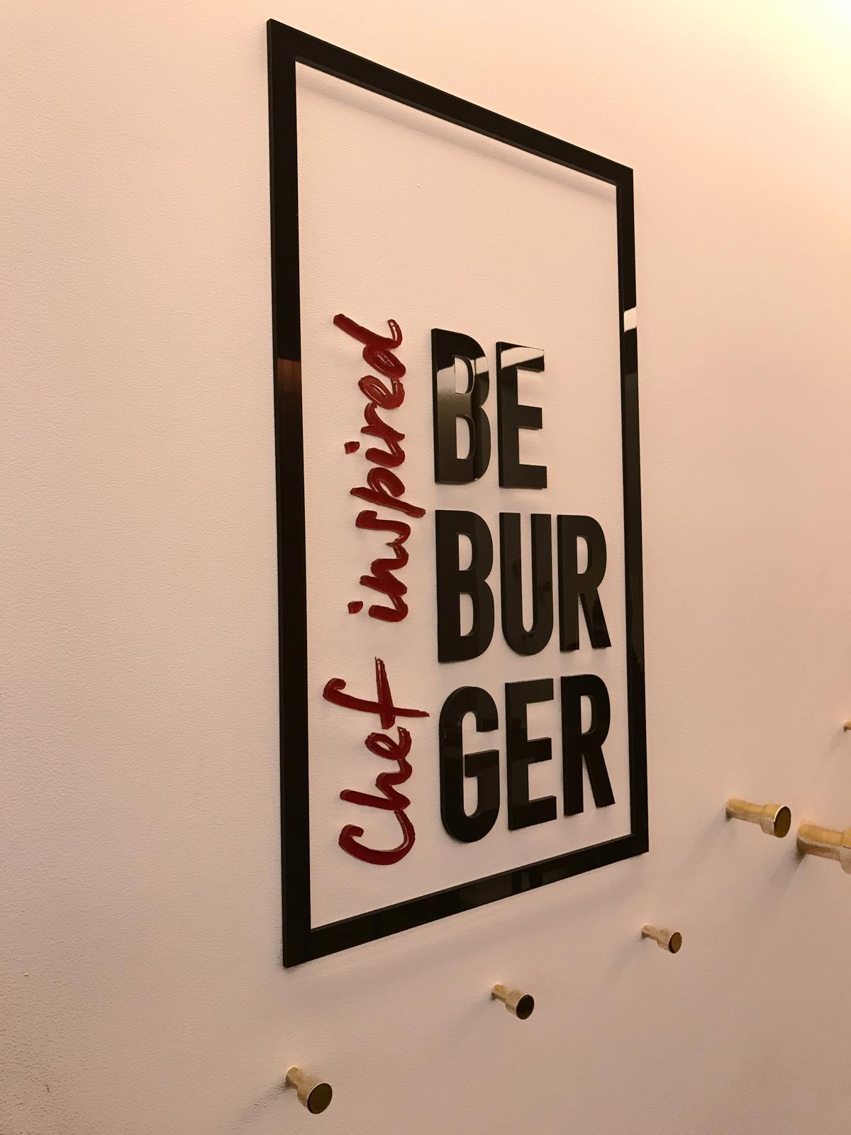enseigne plexiglas Be Burger