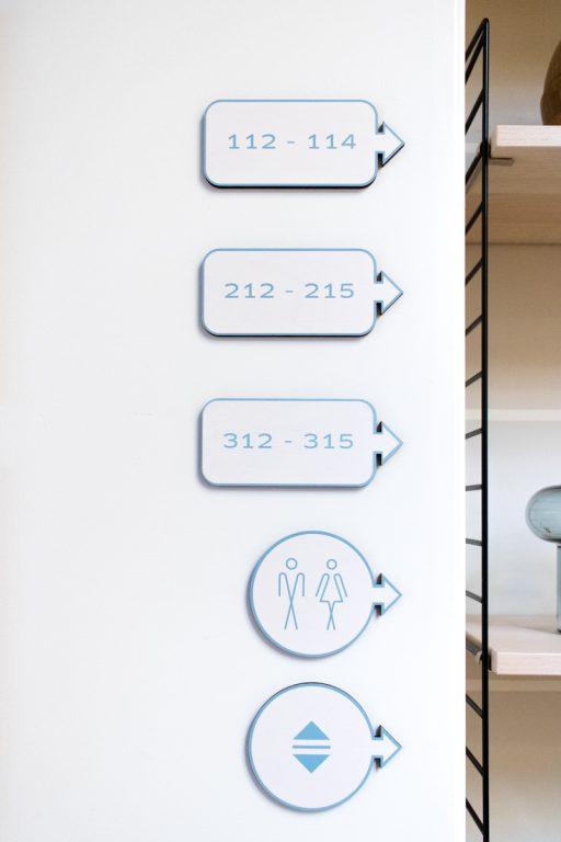 Signaletique - Hotel Hygge etude conception et production Inkut Lab